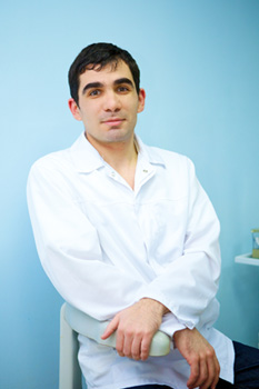 Давтян Гарик Арцрунович Врач хирург, ортопед. Стоматология в Лобне Добрый Доктор