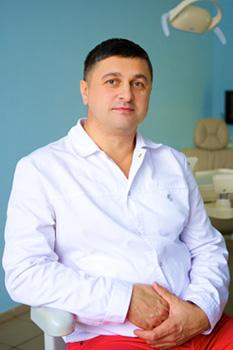 Гончаренко Борис Борисович Врач ортодонт, имплантолог в стоматологии Добрый Доктор в Лобне